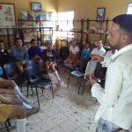 Solo Novela Negra se viste de estudiante por Luis Pacheco